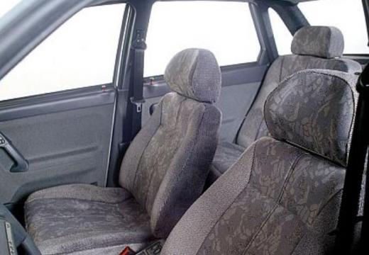 LADA 110 I sedan silver grey wnętrze