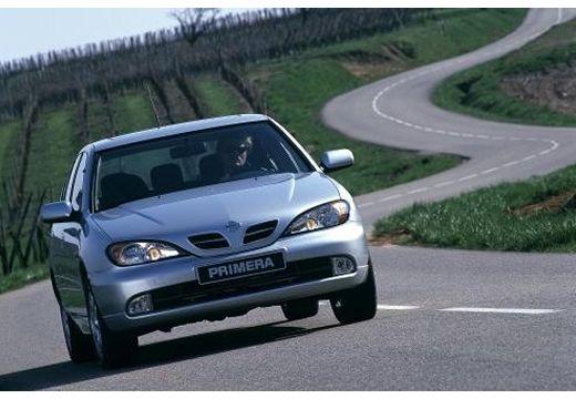 NISSAN Primera III hatchback silver grey przedni