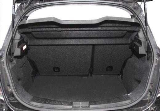 LANCIA Ypsilon III hatchback czarny przestrzeń załadunkowa