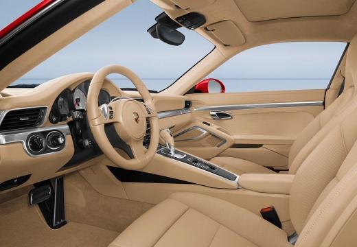 PORSCHE 911 991 I coupe czerwony jasny wnętrze