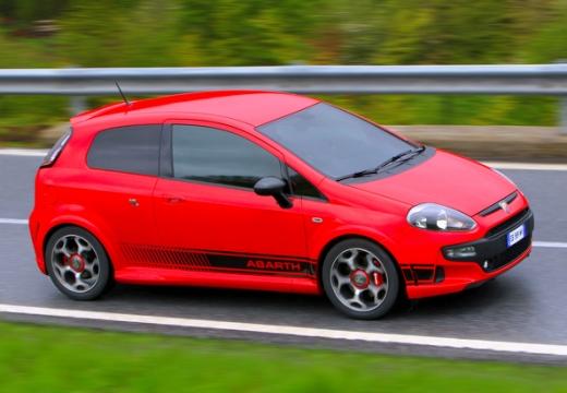 FIAT Punto Evo hatchback czerwony jasny przedni prawy