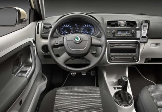 SKODA Fabia 1.6 TDI DPF Scout Hatchback II 75KM (diesel)