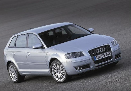 AUDI A3 2.0 TDI DPF Attraction S tronic Hatchback Sportback I 140KM (diesel)