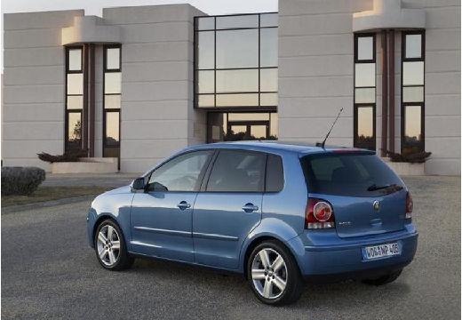 VOLKSWAGEN Polo IV II hatchback niebieski jasny tylny lewy