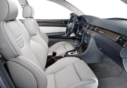 AUDI A6 /S6 4B II sedan wnętrze