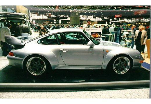 PORSCHE 911 coupe boczny prawy