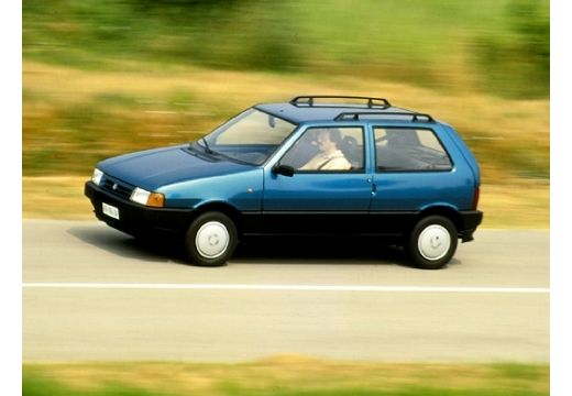 FIAT Uno hatchback niebieski jasny przedni lewy