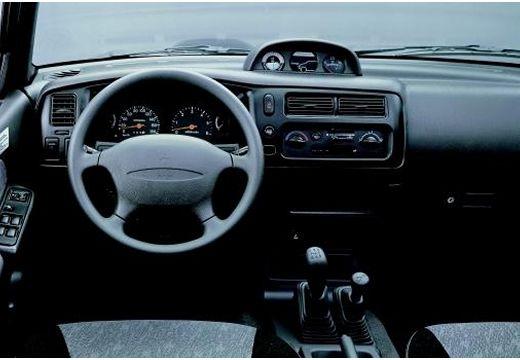 MITSUBISHI L200 2.5 TDI GL 4WD DoubleCab Pickup I 100KM (diesel)