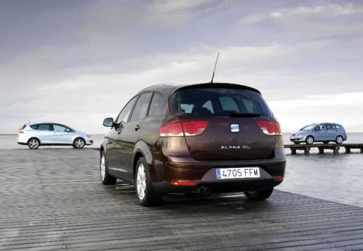 SEAT Altea hatchback czerwony jasny tylny lewy