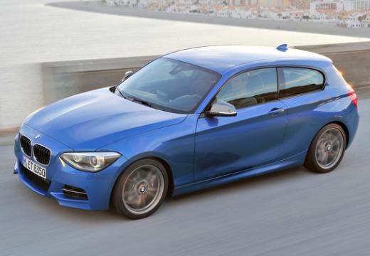 BMW Seria 1 F21 I hatchback niebieski jasny przedni lewy
