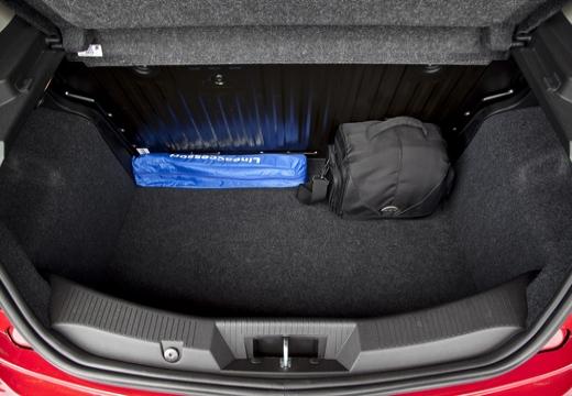 ALFA ROMEO MiTo hatchback przestrzeń załadunkowa