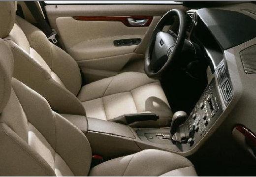 VOLVO S60 I sedan wnętrze