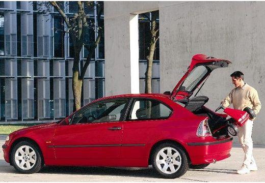 BMW Seria 3 hatchback czerwony jasny tylny lewy
