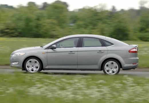 FORD Mondeo VI hatchback silver grey boczny lewy