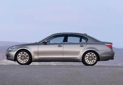 BMW Seria 5 E60 II sedan silver grey boczny lewy