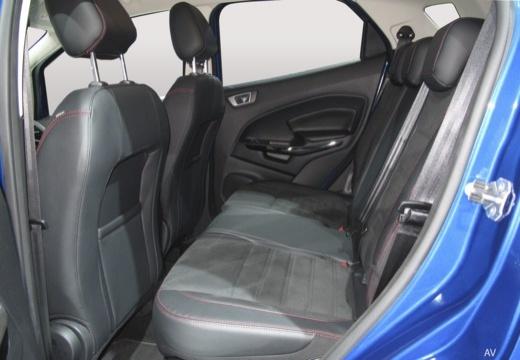 FORD Ecosport hatchback wnętrze