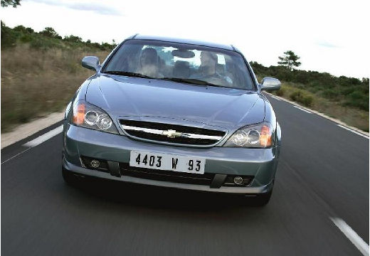 CHEVROLET Evanda Sedan