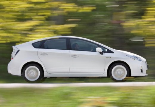 Toyota Prius II hatchback biały boczny prawy