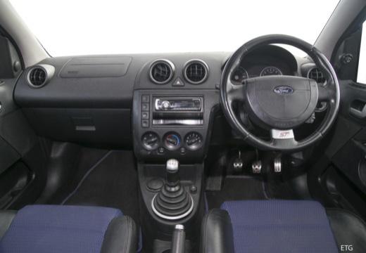 FORD Fiesta VI hatchback tablica rozdzielcza