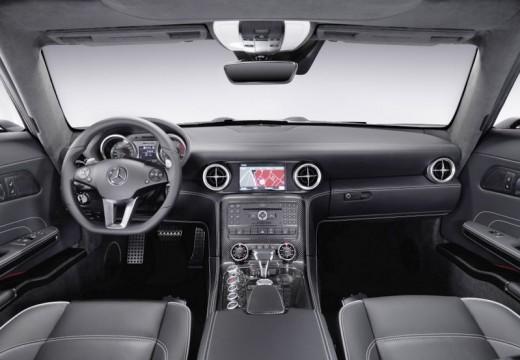 MERCEDES-BENZ SLS coupe tablica rozdzielcza