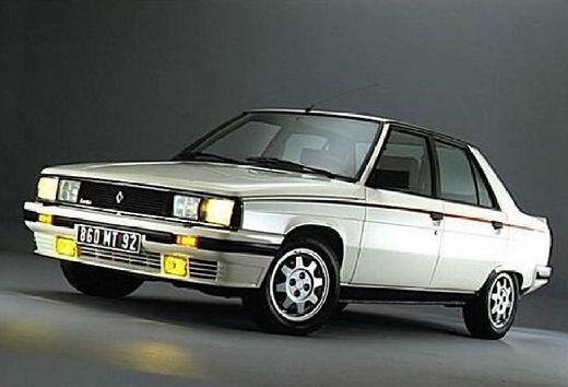 RENAULT R9 sedan biały przedni lewy