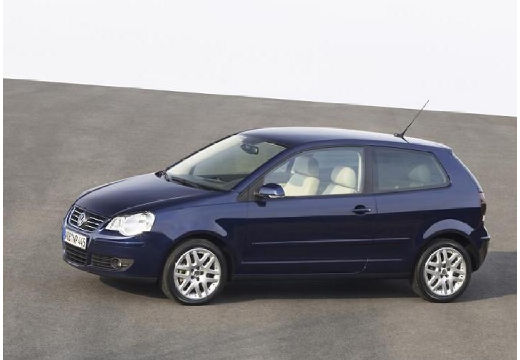 VOLKSWAGEN Polo hatchback niebieski jasny przedni lewy