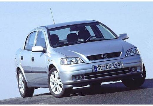 OPEL Astra II Classic sedan silver grey przedni prawy
