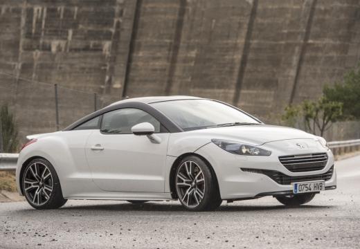 PEUGEOT RCZ II coupe biały przedni prawy