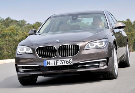 BMW Seria 7 F01 F02 II sedan brązowy przedni lewy