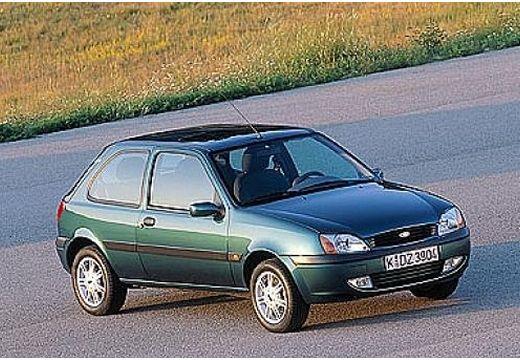 FORD Fiesta hatchback zielony przedni prawy