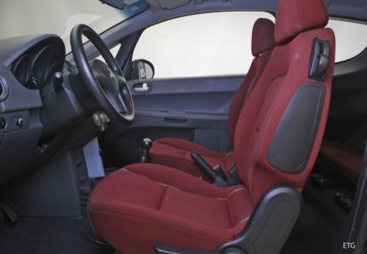 MITSUBISHI Colt V hatchback wnętrze