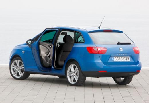 SEAT Ibiza kombi niebieski jasny tylny lewy