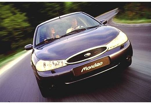 FORD Mondeo II hatchback czarny przedni