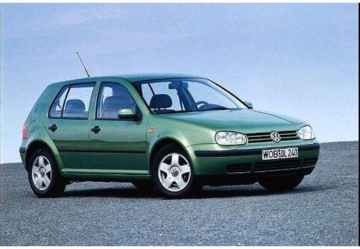 VOLKSWAGEN Golf IV hatchback zielony przedni prawy