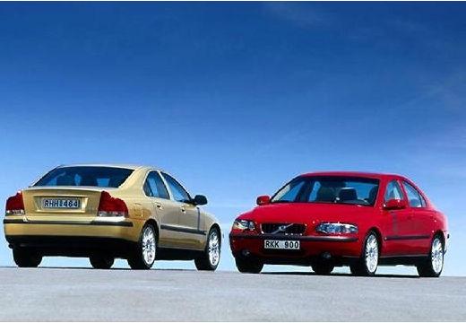 VOLVO S60 I sedan przedni lewy