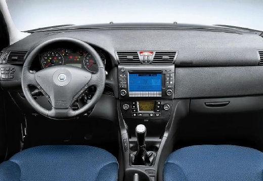 FIAT Stilo Multiwagon II kombi tablica rozdzielcza