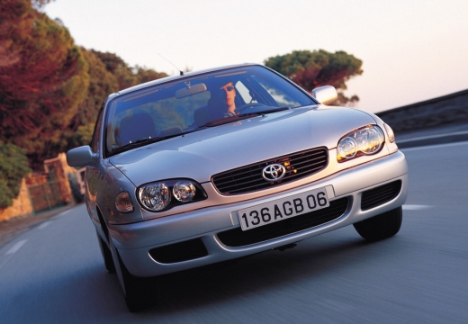 Toyota Corolla V sedan silver grey przedni prawy