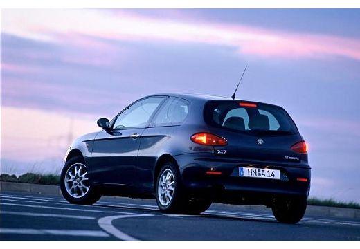 ALFA ROMEO 147 I hatchback czarny tylny lewy