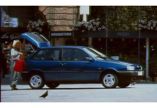 FIAT Tipo I hatchback przedni prawy
