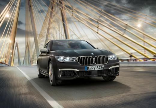 BMW Seria 7 G11 G12 I sedan szary ciemny przedni prawy