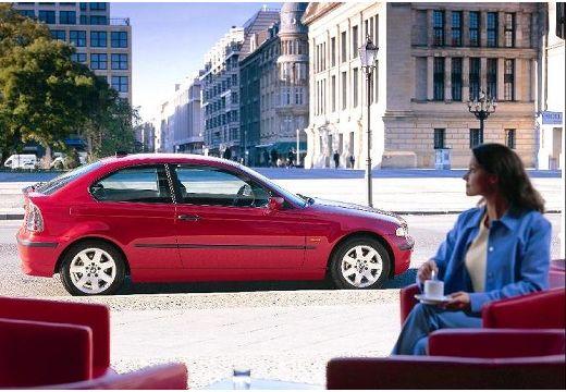 BMW Seria 3 Compact E46/5 hatchback czerwony jasny boczny prawy