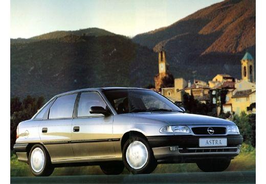 OPEL Astra II sedan przedni prawy