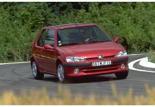 PEUGEOT 106 II hatchback bordeaux (czerwony ciemny) przedni prawy