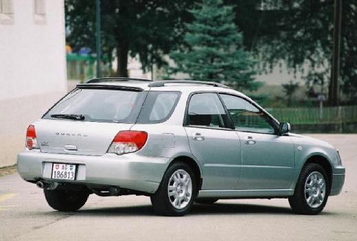 SUBARU Impreza IV kombi silver grey tylny prawy