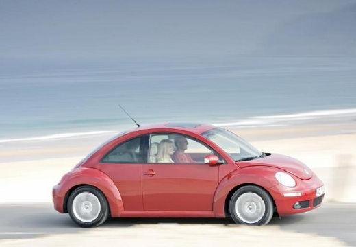VOLKSWAGEN New Beetle coupe czerwony jasny boczny prawy