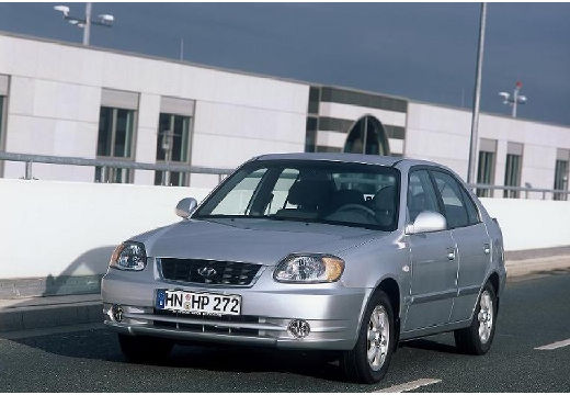 HYUNDAI Accent III hatchback silver grey przedni lewy