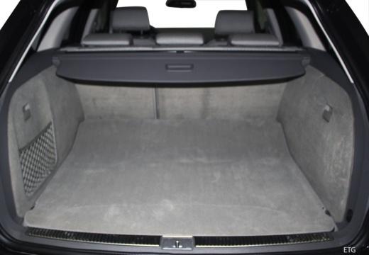 AUDI A4 Avant 8E II kombi przestrzeń załadunkowa
