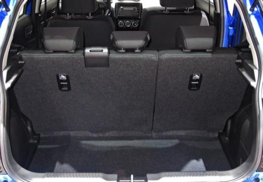 SUZUKI Swift IV hatchback przestrzeń załadunkowa