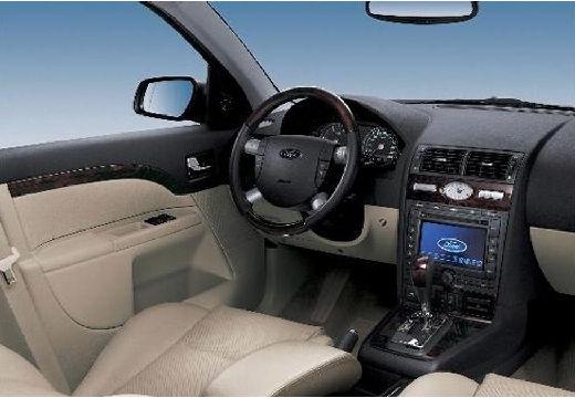 FORD Mondeo IV hatchback tablica rozdzielcza