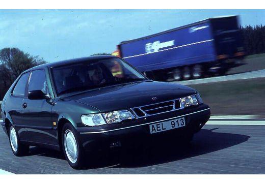 SAAB 900 coupe przedni prawy